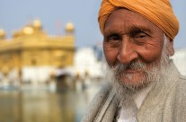 Amritsar – Man at Golden Temple